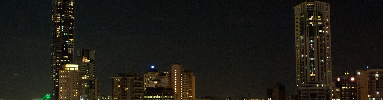 Oxygen Apartments Brisbane Cbd Night Skyline